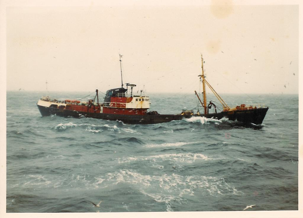 photo of trawler Robert Hewett