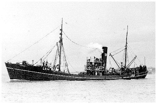 photo of trawler Tekoura