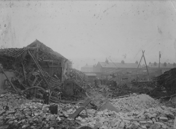 photo of explosion result Barking 1899